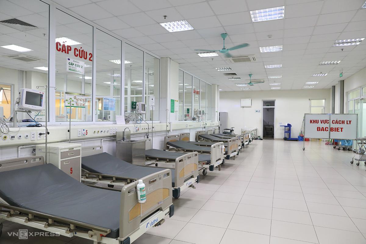 Khu vực cách ly, điều trị bệnh nhân nặng tại khoa Cấp cứu, Bệnh viện Bệnh nhiệt đới Trung ương. Ảnh:Ngọc Thành.