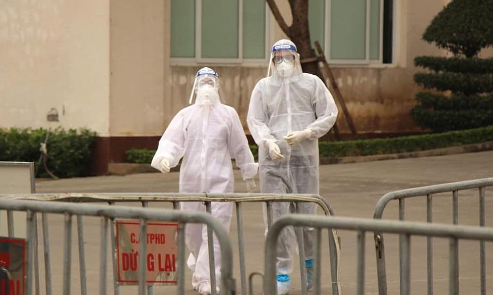 Nhân viên y tế tại Bệnh viện dã chiến số 1 Hải Dương. Ảnh: Bộ Y tế.