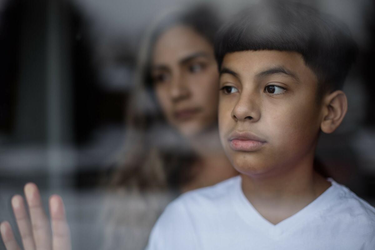 Mayson Barillas, 11 tuổi, điều trị Covid-19 tại Bệnh viện Nhi Quốc gia. Ảnh: NY Times
