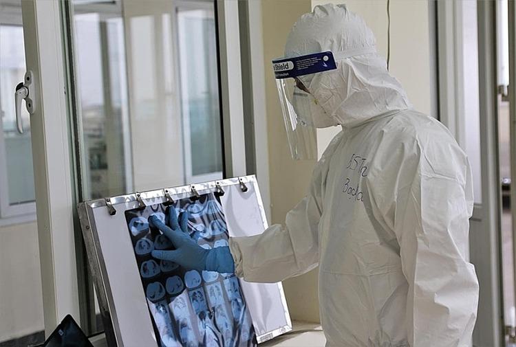 Bác sĩ điều trị Covid-19 ở Hải Dương. Ảnh: do Bộ Y tế cung cấp