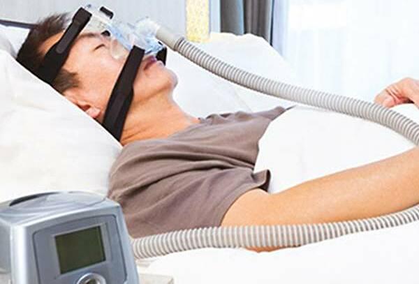 Một chiếc máy thở áp lực dương. Ảnh: SingHealth.