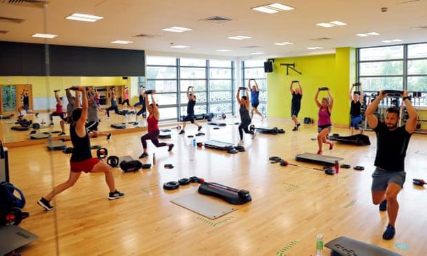 Khung cảnh một phòng gym ở phía Tây London vào tháng 7/2020, trước khi có lệnh phong tỏa. Ảnh: AFP.