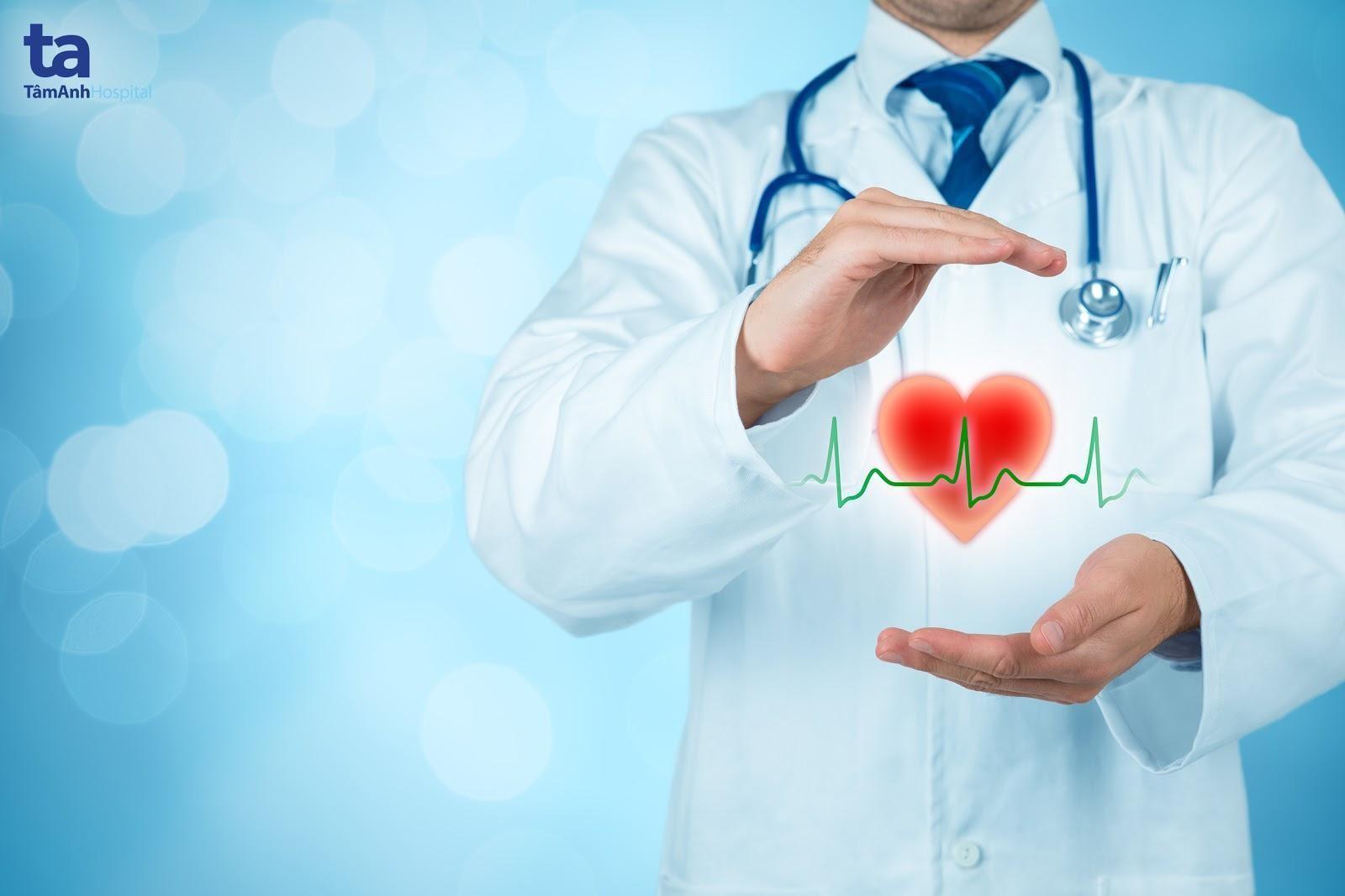 Thay van tim là biện pháp giúp người bệnh phòng ngừa được các biến chứng và nguy cơ đột tử.
