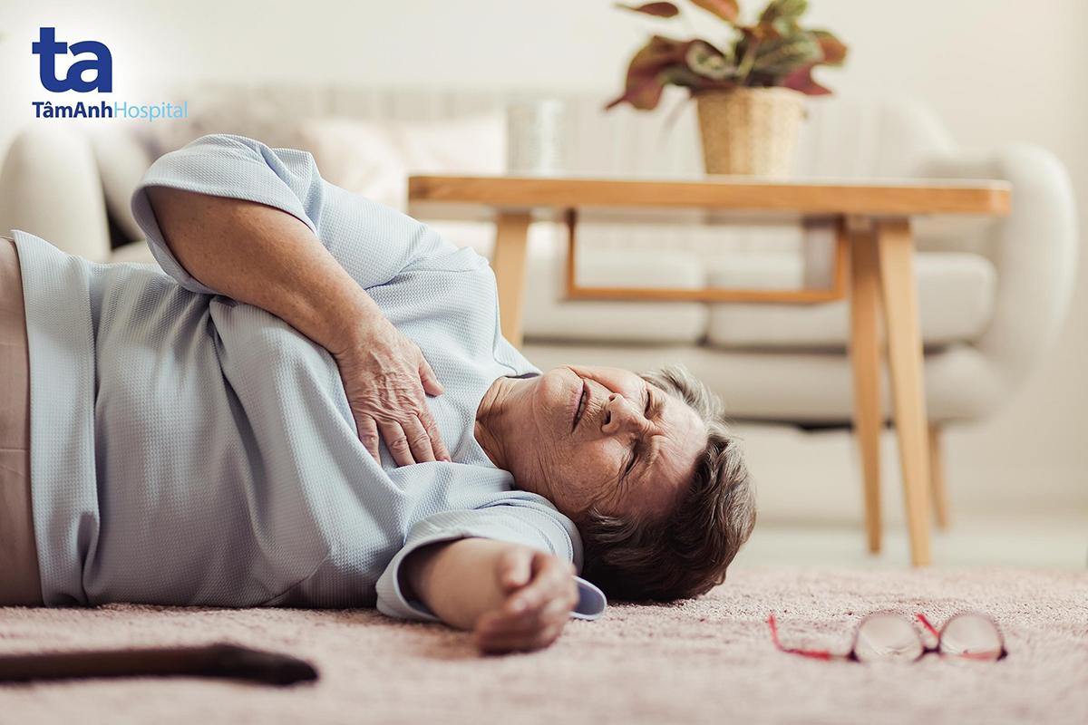 Đột quỵ là biến chứng nguy hiểm nhất của bệnh hẹp van hai lá.