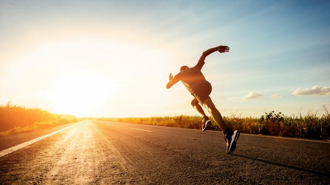 Ngoài tim mạch, chạy bộ còn tác động đến hệ hô hấp, tiêu hóa.