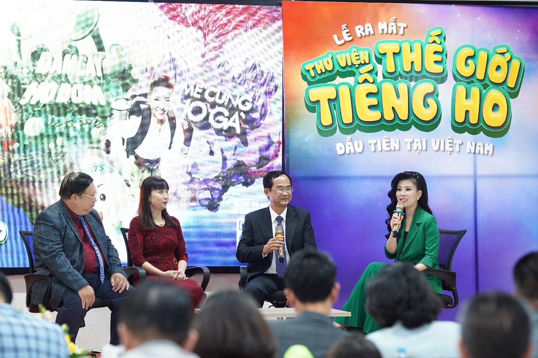 Các bác sĩ thảo luận về các vấn đề xung quanh bệnh viêm đường hô hấp ở trẻ tại sự kiện ra mắt Thư viện thế giới tiếng ho tại Hà Nội.