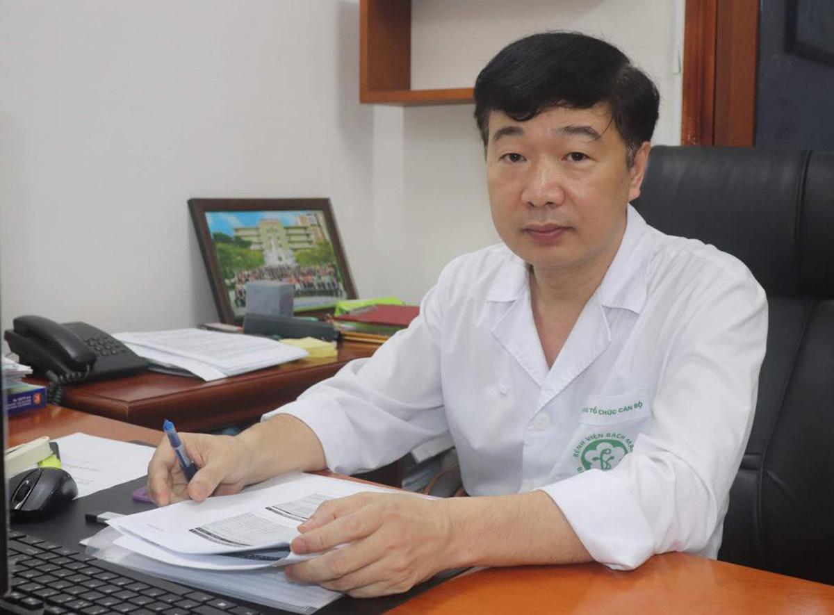 Ông Đỗ Văn Thành, Trưởng phòng Tổ chức Cán bộ, Bệnh viện Bạch Mai (Hà Nội). Ảnh: Thùy An.