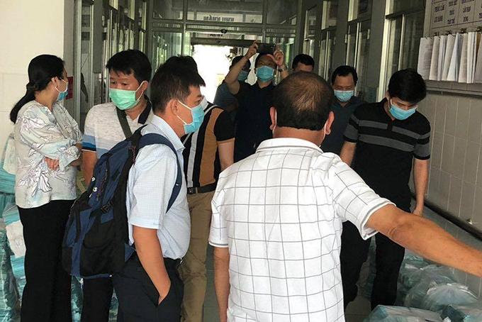 Đoàn Bệnh viện Chợ Rẫy hỗ trợ khảo sát, thiết lập nơi điều trị Covid-19 ở Hà Tiên. Ảnh: Bộ Y tế.