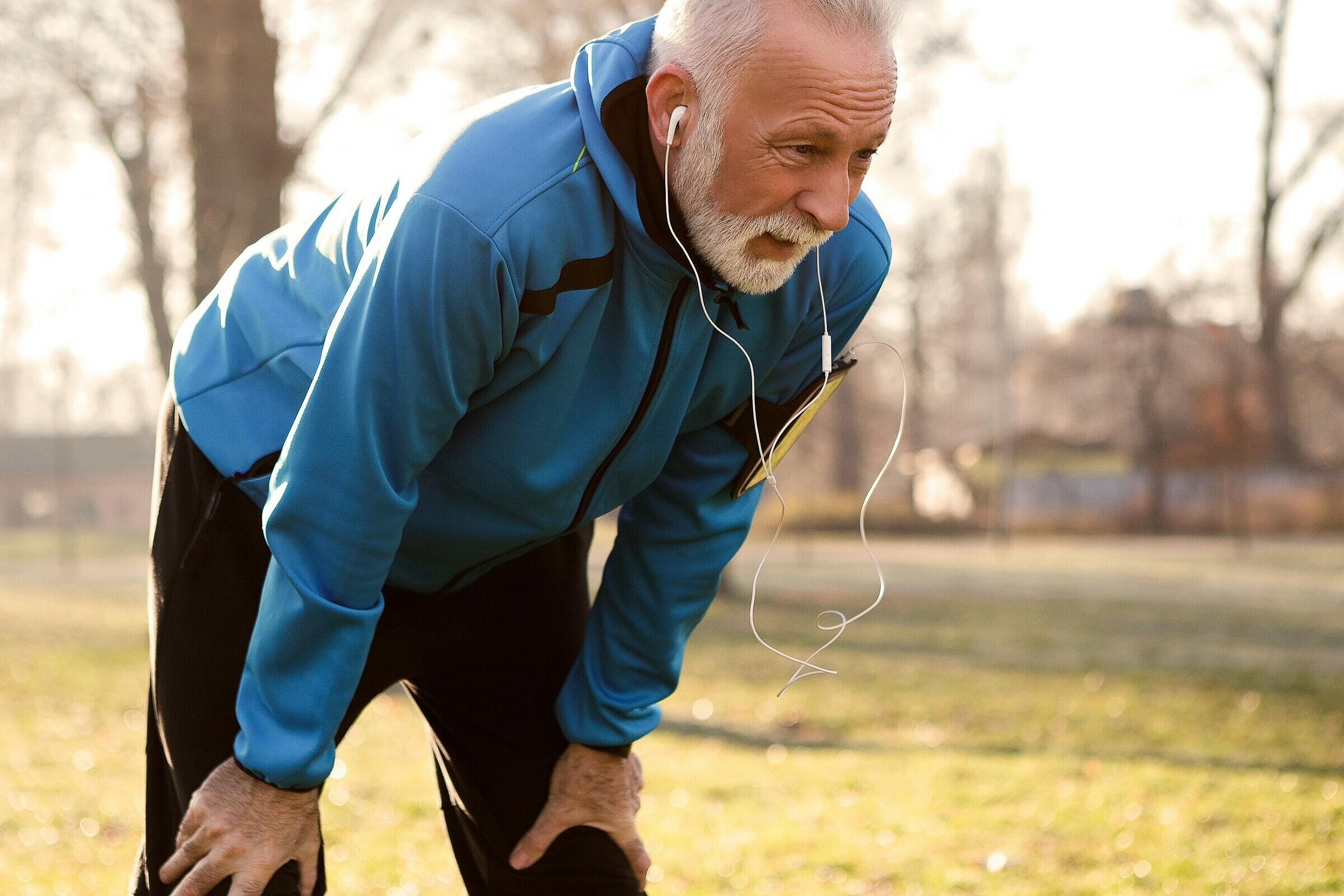 Rối loạn chức năng dây thanh âm là tình trạng nhiều vận động viên, người chơi thể thao gặp phải. Ảnh: Healthgrades.