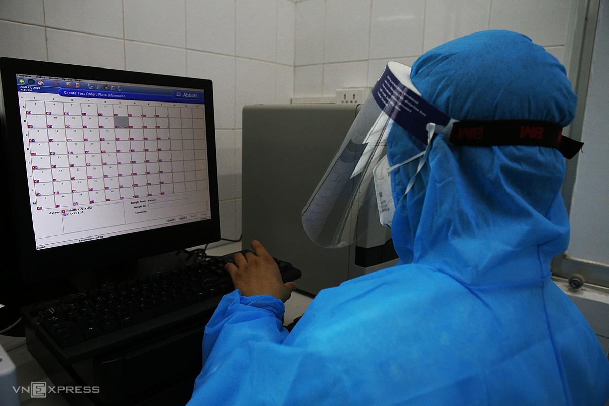 TP HCM thêm 10 ca nghi mắc Covid-19