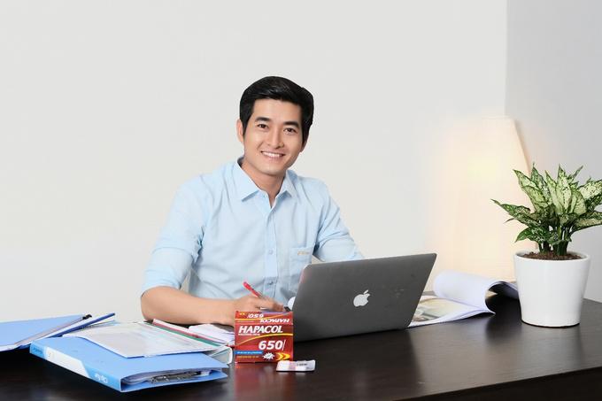 Hapacol là một trong những thương hiệu thuốc giảm đau hạ sốt tiên phong cho ra đời liều 650mg sản xuất tại Việt Nam, phù hợp thể trạng người Việt. Hapacol có bán tại các nhà thuốc trên toàn quốc thuộc nhóm thuốc có yêu cầu đòi hỏi chất lượng.  Giấy phép quảng cáo thuốc Hapacol 650mg số 0574/14/QLD-TT do Cục quản lý dược - Bộ Y tế cấp ngày 21/8/2015. Đọc kỹ hướng dẫn sử dụng trước khi dùng.