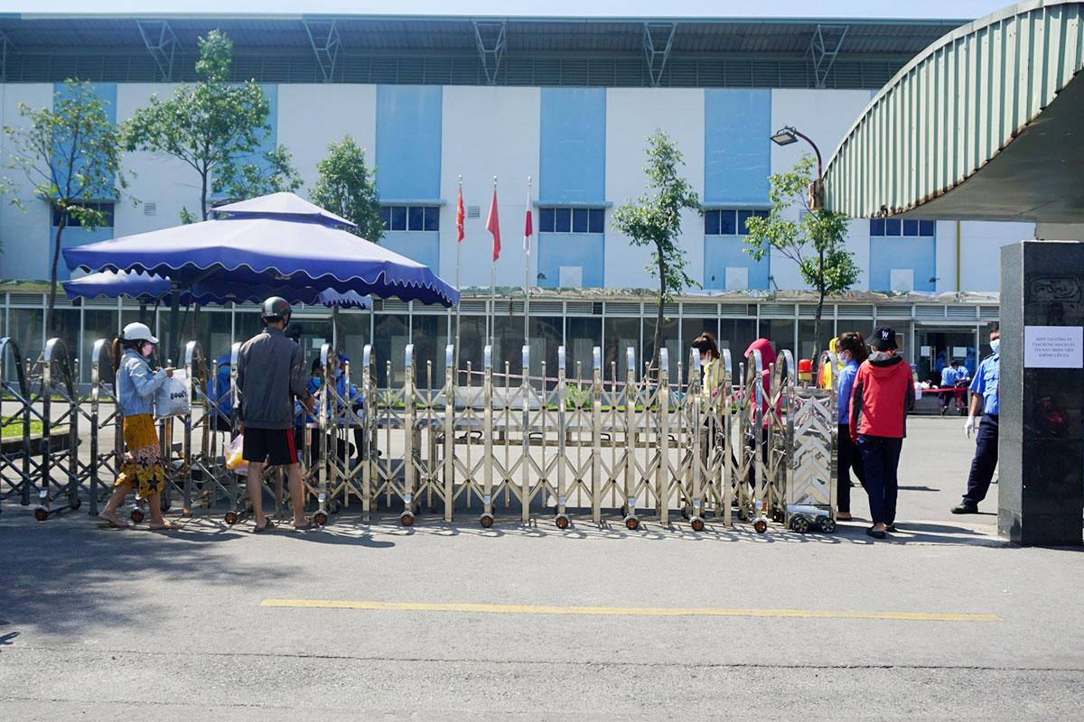 Công ty TNHH Việt Hoa, sáng 15/7. Ảnh:Ngọc Trường.
