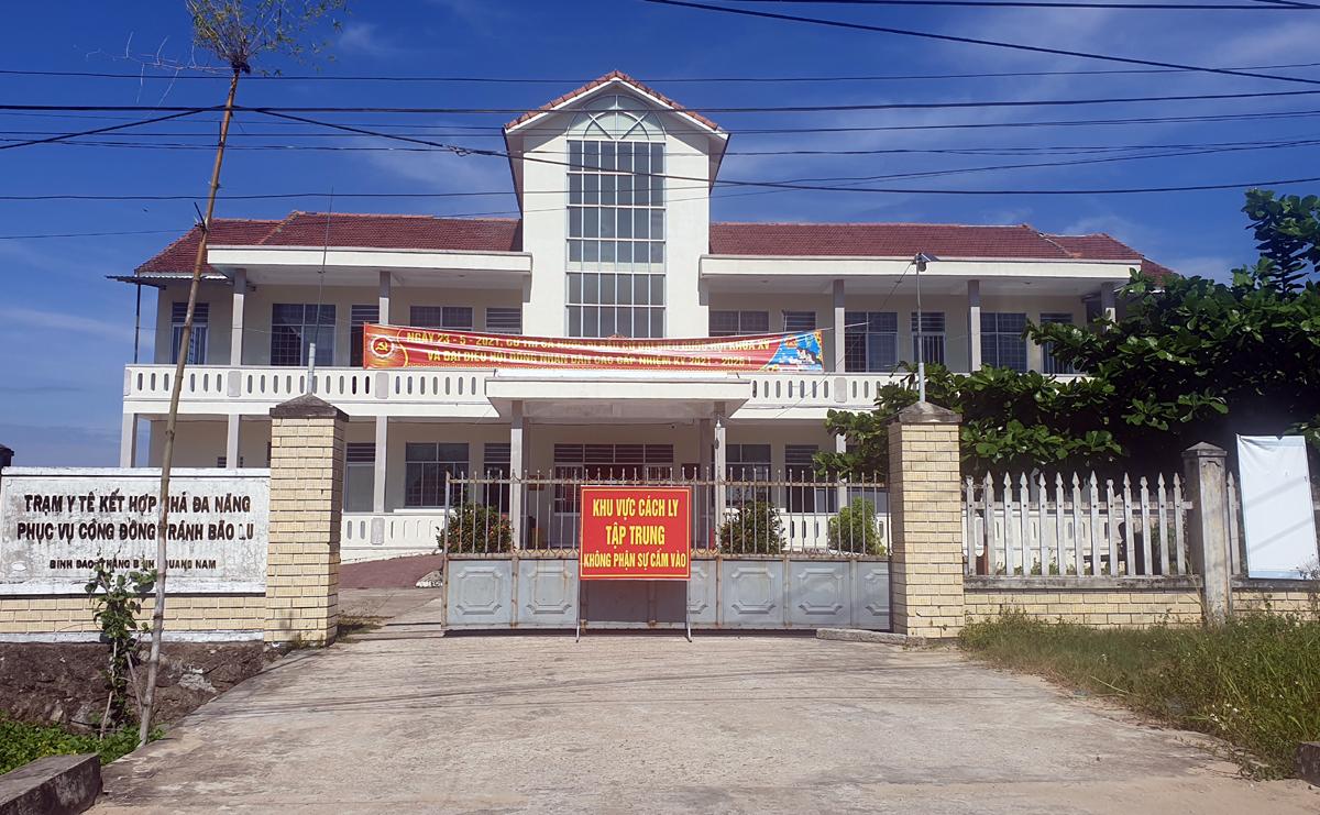 Một điểm cách ly tập trung ở xã Bình Đào, huyện Thăng Bình. Ảnh: Đắc Thành.
