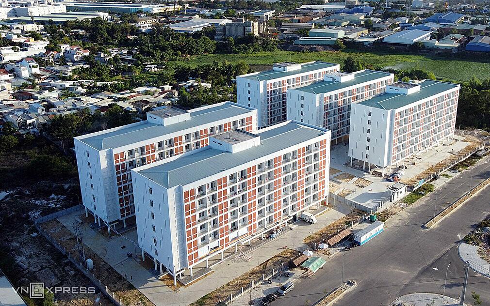 Bệnh viện dã chiến ký túc xá phía tây Đà Nẵng, nơi ghi nhận một nữ điều dưỡng lây nhiễm nCoV. Ảnh: Nguyễn Đông.