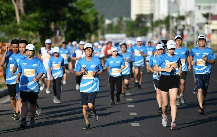 Vận động viên trên đường chạy giải VM Quy Nhơn 2019. Ảnh: VnExpress Marathon.