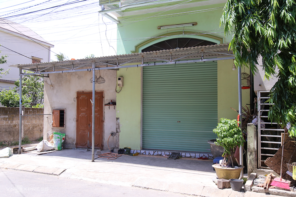 Tỉnh Quảng Trị tìm người đến nhà số 45 Trương Định, liên quan ca nghi nhiễm nCoV. Ảnh: Hoàng Táo