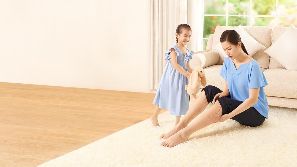 Những bài tập phù hợp giúp giữ đôi chân khỏe trong Covid-19. Ảnh: Daflon.