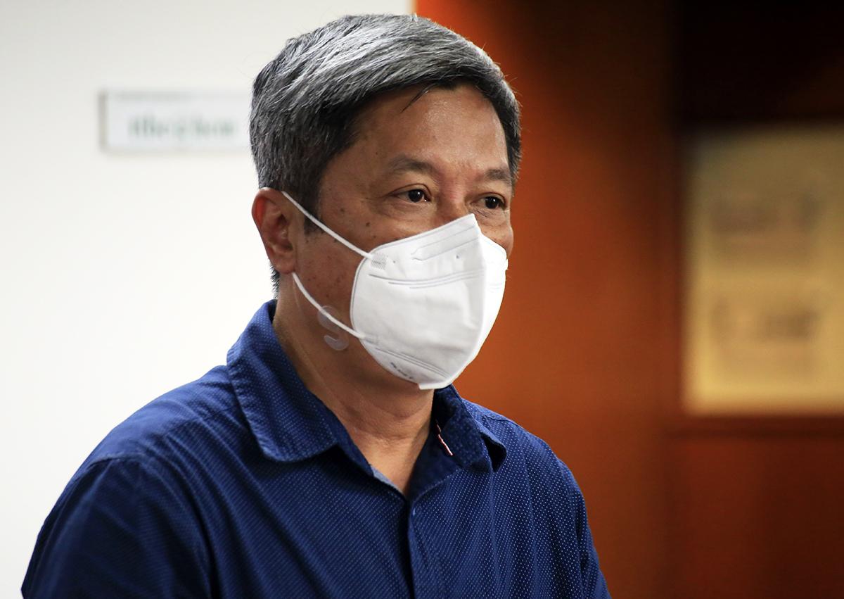 Thứ trưởng Y tế Nguyễn Trường Sơn tại buổi họp báo. Ảnh: Hữu Công