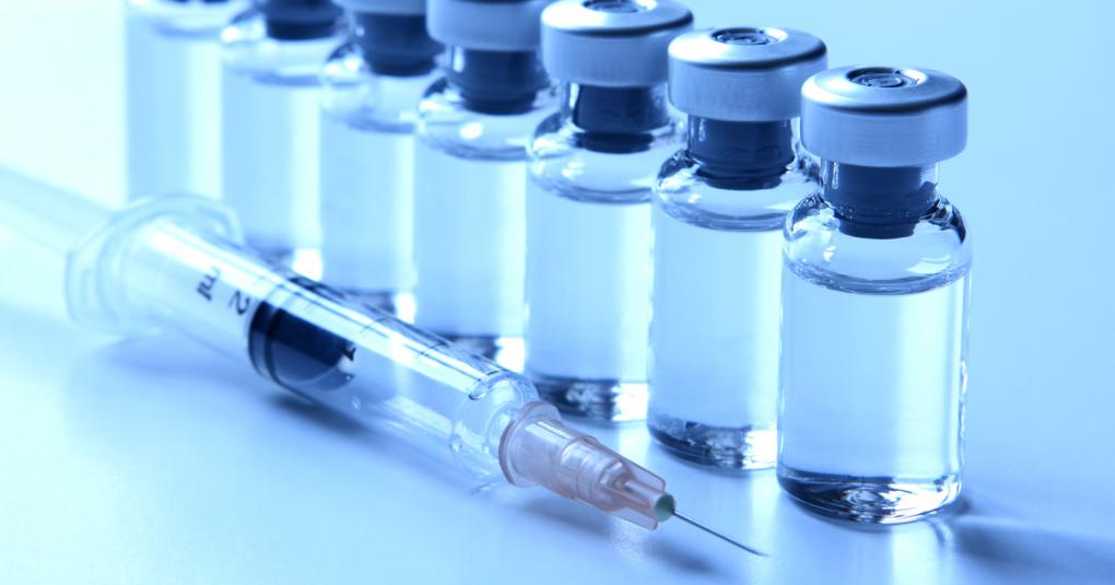 Vaccine cho Covid-19 phát triển thần tốc nhờ các ứng dụng công nghệ mới và tính cấp thiết của đại dịch toàn cầu. Ảnh: FDA.