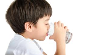 10 cách cầm và trị tiêu chảy tại nhà nhanh nhất cho trẻ
